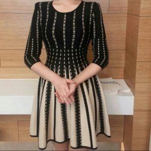 Dresses & Skirts - Geometric pattern knit dress